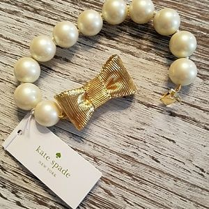 BNWT kate spade pearl bracelet with gold bow clasp